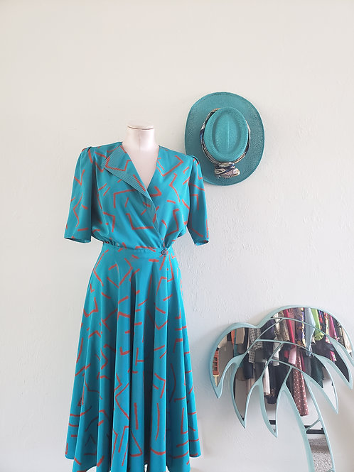 Betty Vintage Wrap Dress < 10 >
