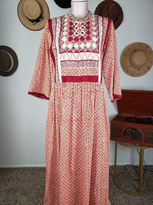 Embroidered Boho Dress  <16>