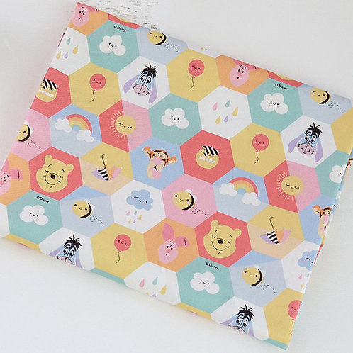 [Disney Pattern] Hexagon Pooh print 100% Cotton Fabric by the yard, DTP