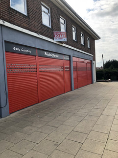 shop to let, sold, let by signage