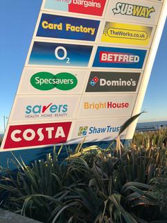 shopoping centre signage