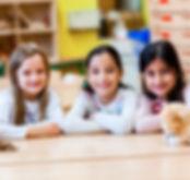 Kinder bei Sprachförderung
