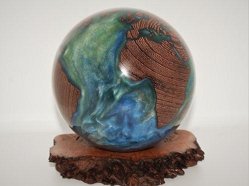 A Hybrid Globe