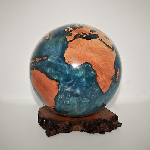 A Large Hybrid Globe