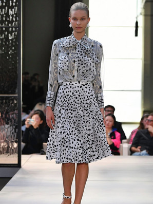 lady like trend 4 Burberry.jpg
