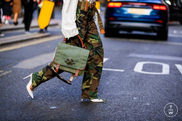 Camouflage pants with heels