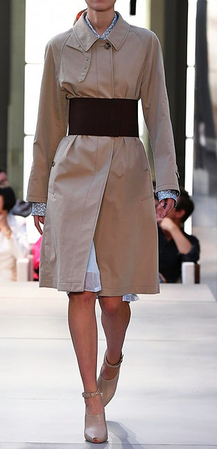 burberry belt over trench_edited.jpg