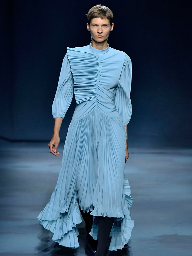 Pleated trend Givenchy.jpg