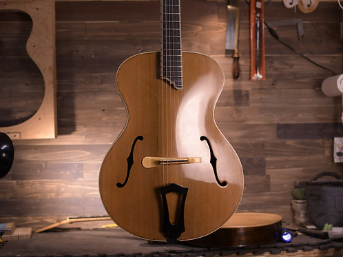"""Madagascar Rosewood Deluxe Concerto Signature 15"""" Acoustic Archtop"""
