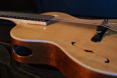 "Natural Concerto Signature 15"" Acoustic Archtop"