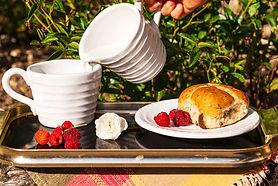 breakfast-outside-5479619_1920.jpg