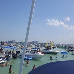 #bestyachtrentals #beach #bestfriend #boat #yacht #yachtlife #saltlife #boats #boatrental
