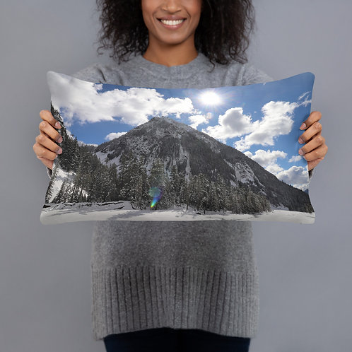 Mountain Basic Pillow