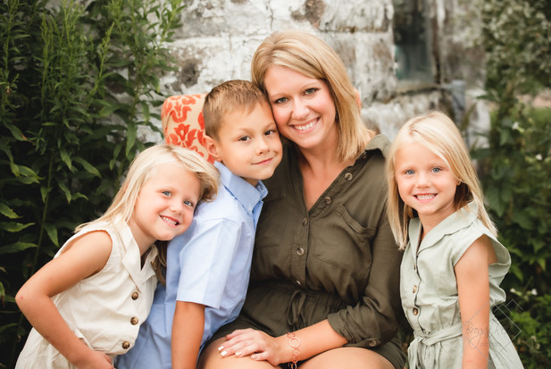 Wisconsin Family Photographer.jpg
