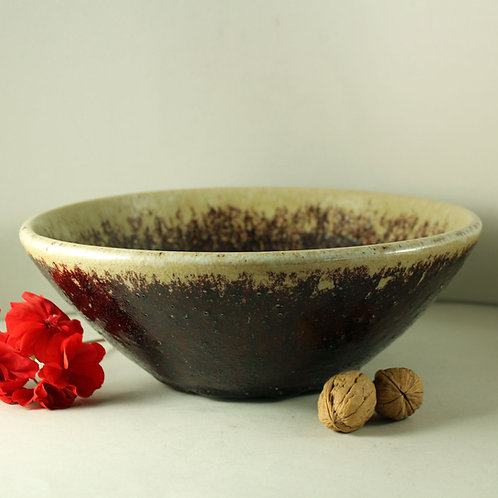 Rolf Palm, Molle, Hoganas, Sweden. Unique Bowl with Dripping glaze