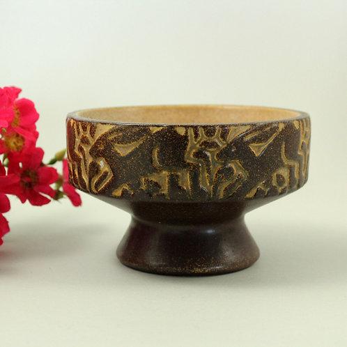Marianne Starck, Michael Andersen, Denmark. Stoneware Footed Bowl