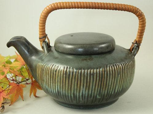 Lovemose Keramik, Denmark. Mid Century Ceramic Teapot