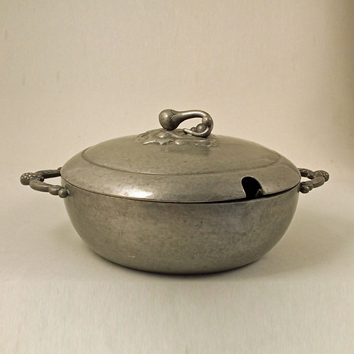 Just Andersen, Denmark. Art Deco Lidded Pewter Bowl