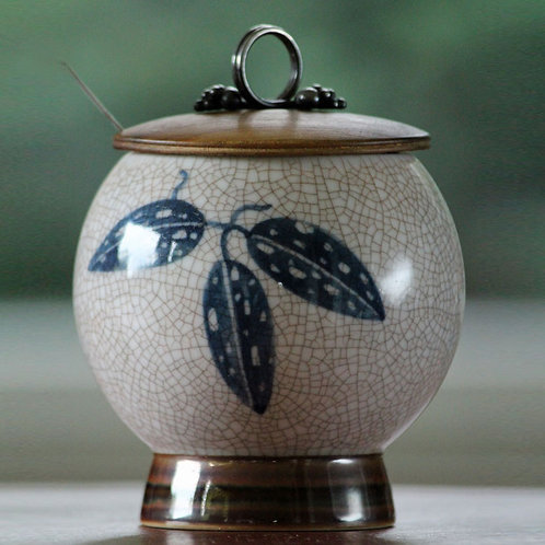 Jar with Lid of Wood and Silver, Bing and Grøndahl