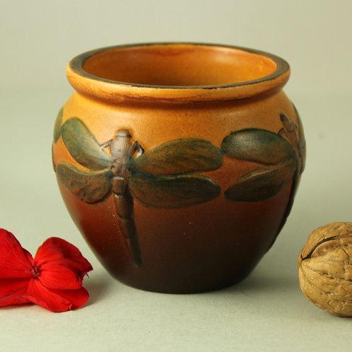Ipsen's Enke, Denmark. Small Art Nouveau Bowl with Dragonflies