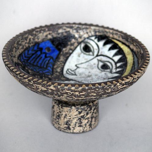 Mari Simmulson. Footed Bowl with Figural Decoration, Upsala-Ekeby, Sweden