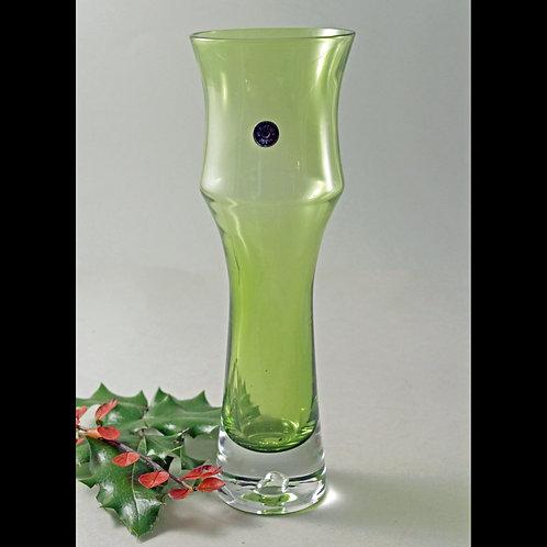 Bo Borgstrom Aseda, Sweden. Pistachio Green Art Glass Vase
