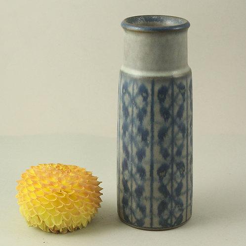 Marianne Starck, Michael Andersen, Denmark. Stoneware Vase