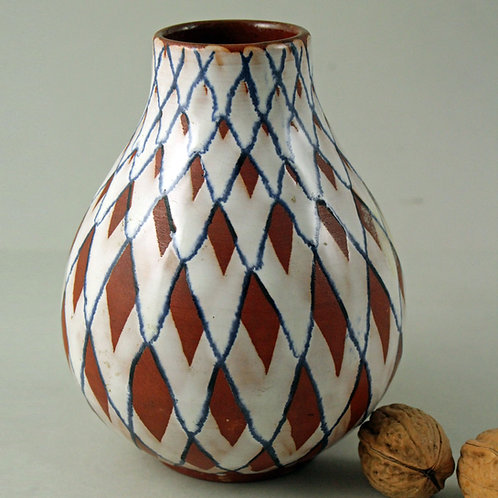 Gabriel Keramik, Sweden. Decorative Studio Pottery Vase