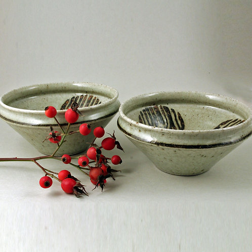 Carl-Harry Stalhane, Rorstrand, Sweden. Pair of Bowls