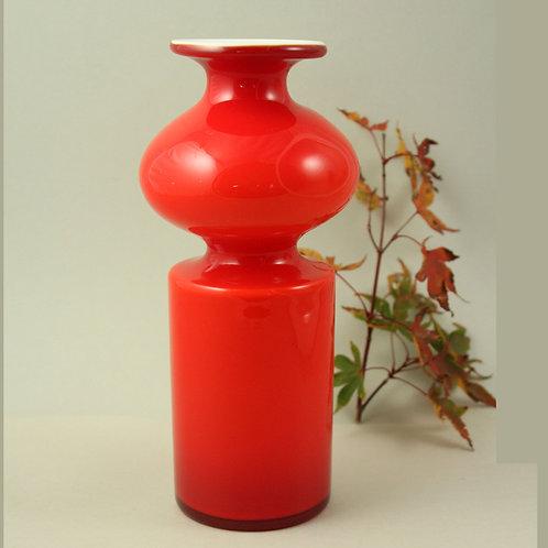 Per Lutken, Holmegaard, Denmark, Red Art glass Carnaby Vase