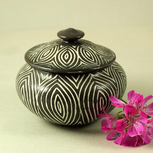 EJ Keramik - Eva and Johannes Andersen, Denmark, Decorative Liddd Bowl