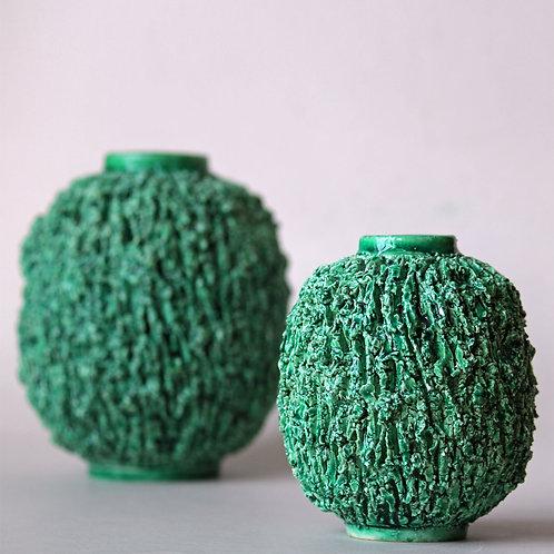 Gunnar Nylund, Rorstrand, Sweden. Green Chamotte 'Igelkott' Vase 5'