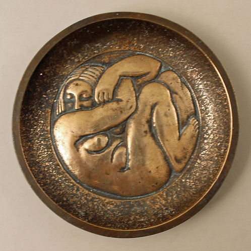 Svend Lindhart, Brødr. Grage, Denmark. Small Bronze Bowl with Sculptural Decorat