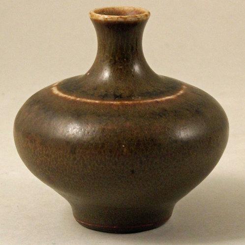 Arthur Andersson, Wallakra, Sweden. Miniature Stoneware Vase