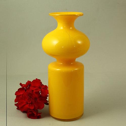 Per Lutken, Holmegaard, Denmark, Yellow Art glass Carnaby Vase