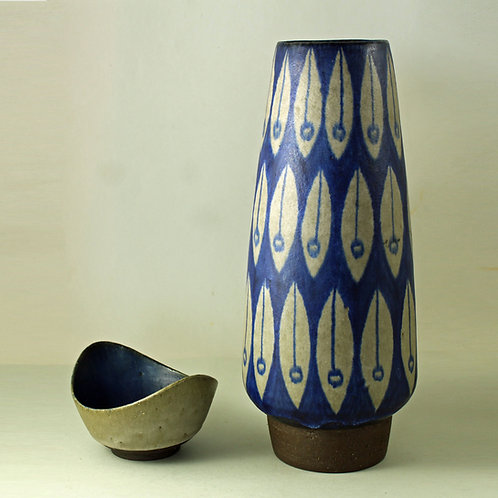 Thomas Toft, Denmark. Large Studio Vase. 1960's
