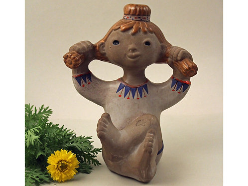 """Pottery Figurine """"Linda"""" designed by Dorothy Clough for Upsala Ekeby Sweden"""