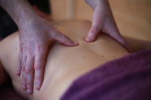Massage du dos chez Shuhari-Sologne