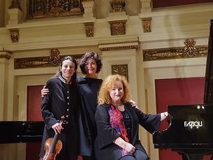 Louise Chisson Tamara Atschba Katharina Stemberger Musik durch die Jahreszeiten Ehrbarsaal Concert Brahms Schumann