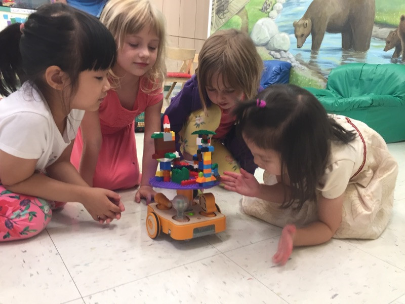 KinderLab Robotics and LEGO art