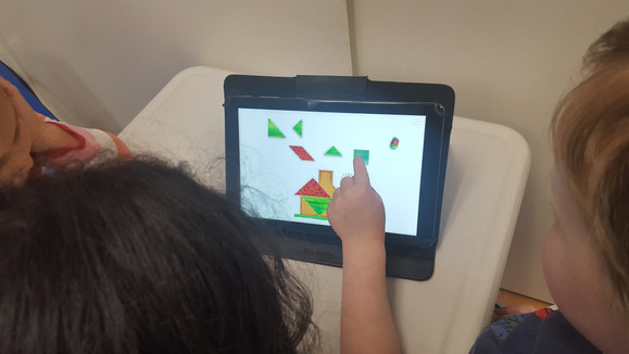 Geometric designs on tablets