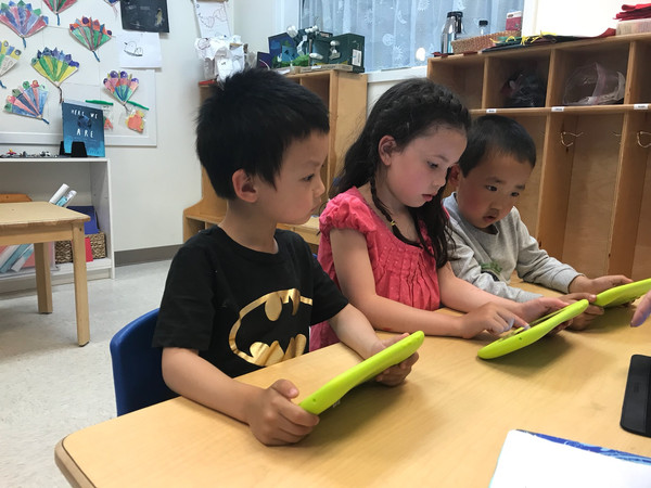 Coding on Tablets with Scratch Jr