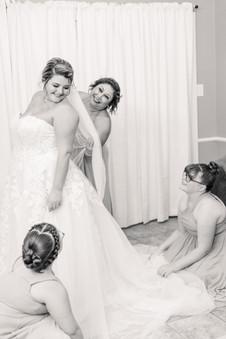 Ashlie Mataska & Gregory Herring Wedding; AKP Favorites-0038.jpg