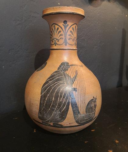 Vase grec en terre cuite. XXe siècle