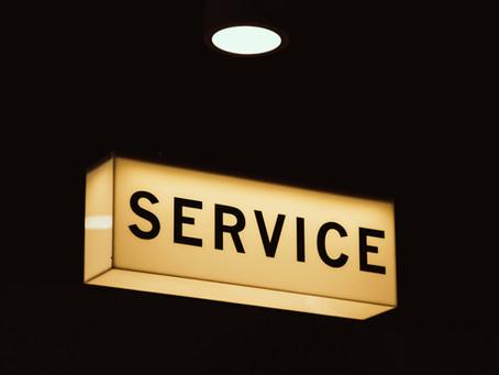 """""""Hyväksyttävä odotusaika"""" saatetaan määritellä yrityksen asiakaspalveluohjeessa."""