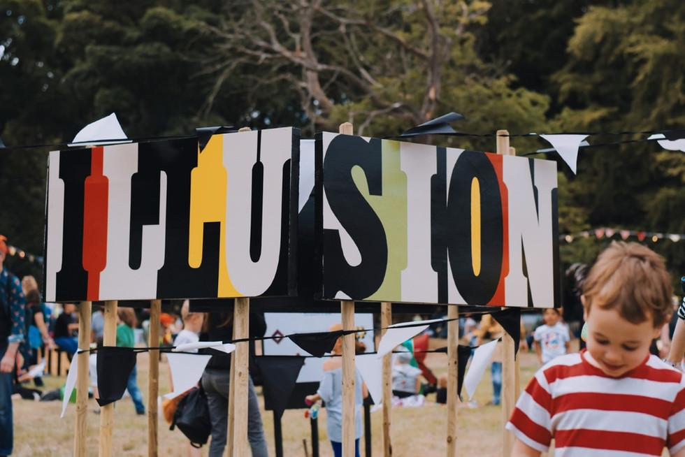 thumbnail_Illusion-Sign.jpg