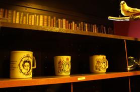 cups and bird.jpg