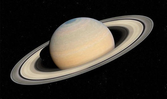 Saturn-at-night-how-to-see-Saturn-rings-