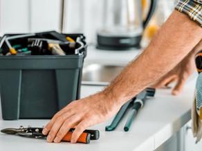 Qual a importância de realizar a manutenção nas máquinas e equipamentos industriais?