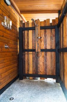 Potting Shed Outdoor Shower - Tanglewood Retreat, Waimauku NZ